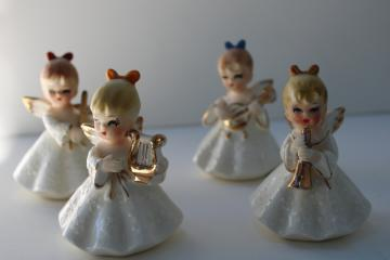 vintage Napco Japan Christmas angels figurines, mini angel band w/ musical instruments
