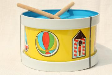 vintage Ohio Art tin toy drum, litho print metal marching band drummer boy drum