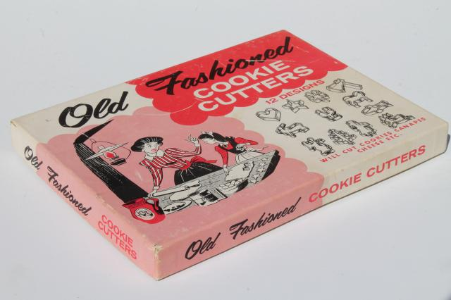 vintage Old Fashioned Cookie Cutters in original box, small cookie / canape cutters