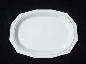 vintage Pfaltzgraff Heritage white oval serving platter, USA pottery