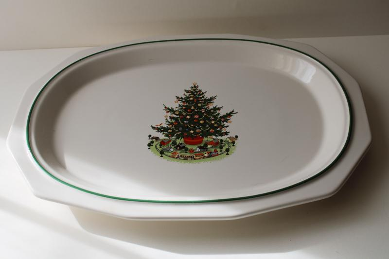 vintage Pfaltzgraff pottery Christmas Heritage platter or tray
