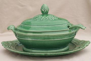 vintage Portugal pottery huge soup tureen, ladle & platter, Bordallo Pinheiro green leaf