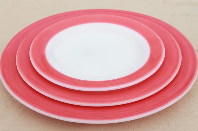 vintage Pyrex flamingo pink border milk glass dishes retro red \u0026 white dinnerware set : red and white dinnerware - pezcame.com