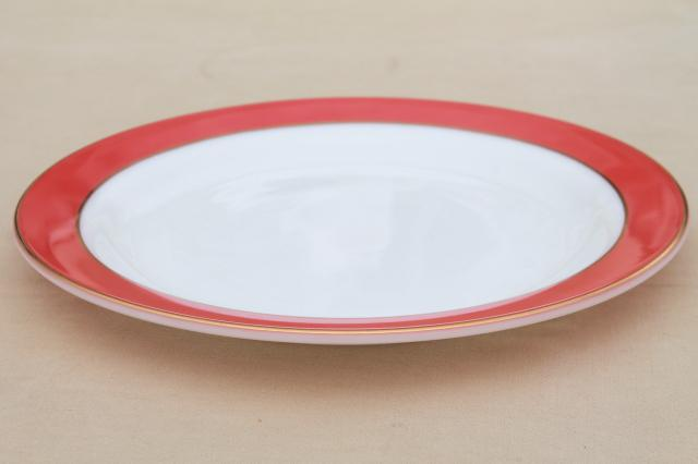 vintage Pyrex milk glass cake plate or chop platter w/ flamingo pink red border, gold trim