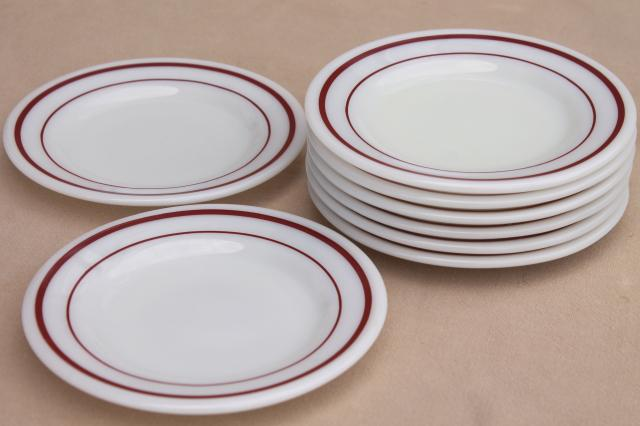 vintage Pyrex milk glass plates w/ cranberry red band retro dishes set for 8 & vintage Pyrex milk glass plates w/ cranberry red band retro dishes ...