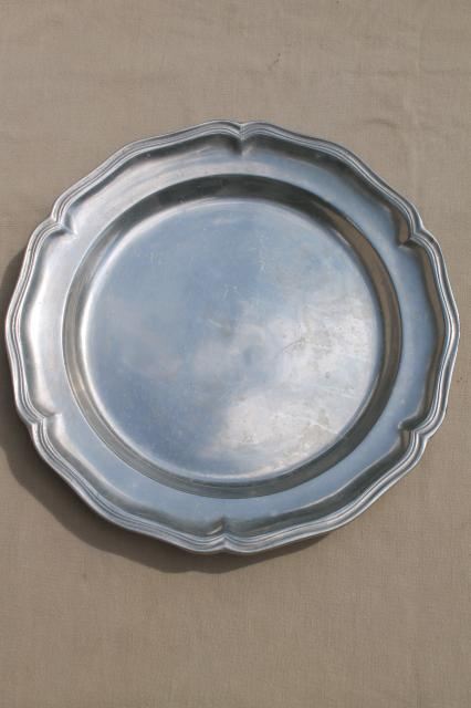 """VINTAGE HANDCRAFTED 14/"""" WILTON ARMETALE GLOSSY PEWTER PLATE ROUND CHARGER MINT"""