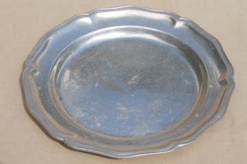 vintage Queen Anne gadroon Wilton Armetale pewter tray, large round charger plate