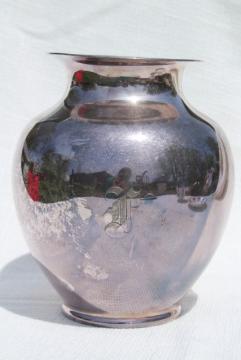 vintage Reed & Barton silver plate trophy urn vase w/ engraved F monogram letter Old English
