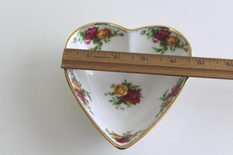 vintage Royal Albert Old Country Roses bone china heart shaped trinket dish
