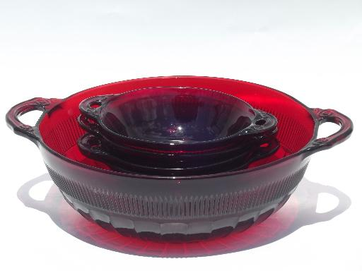 Vintage Royal Ruby Red Glass Berry Bowls Or Fruit Salad