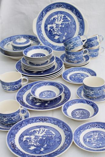 vintage Royal china blue willow luncheon tea set for six w/ Homer Laughlin serving bowl  sc 1 st  Laurel Leaf Farm & vintage Royal china blue willow luncheon tea set for six w/ Homer ...