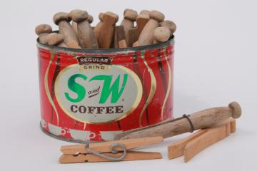 vintage S&W coffee can w/ old wooden clothespins, primitive country kitchen collectibles