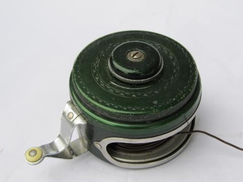 vintage Shakespeare 1837 silent Tru-Art automatic fly fishing reel