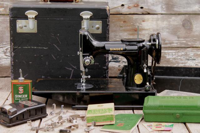 Vintage Singer Featherweight Sewing Machine 40 Singer 4040 Cool Singer Sewing Machine 221 1