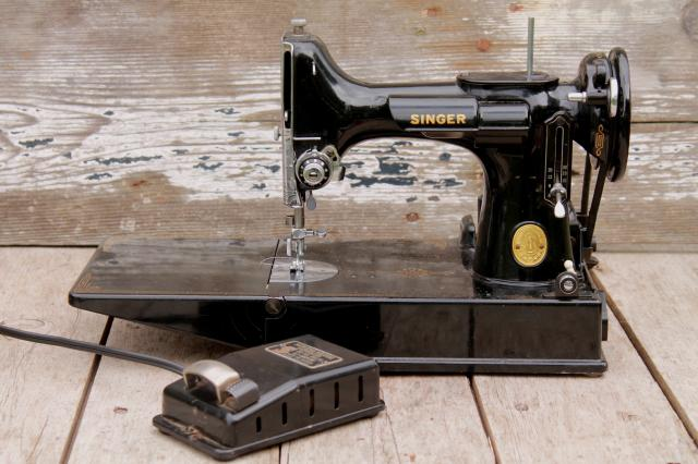 Vintage Singer Featherweight Sewing Machine 40 Singer 4040 Amazing Vintage Singer Portable Sewing Machine