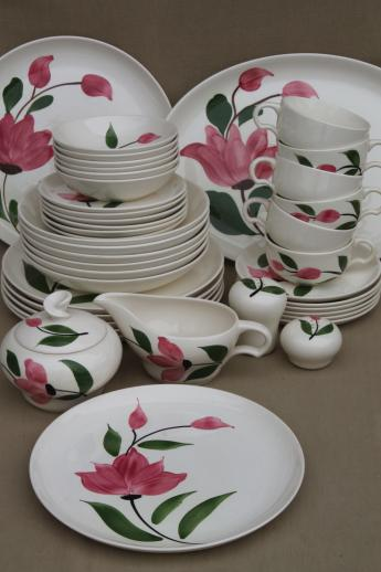 & vintage Stetson Rio pottery dinnerware set for 6 red - pink rose flower