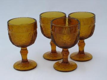 vintage Tiara Indiana glass amber sandwich daisy pattern wine glasses