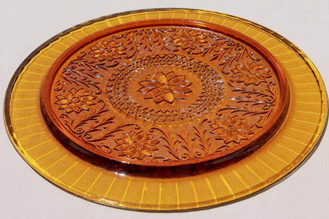 Vintage Tiara Amber Glass Torte Cake Plate Sandwich Daisy