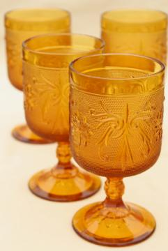 vintage Tiara amber glass wine glasses, sandwich daisy pattern goblets set of 4