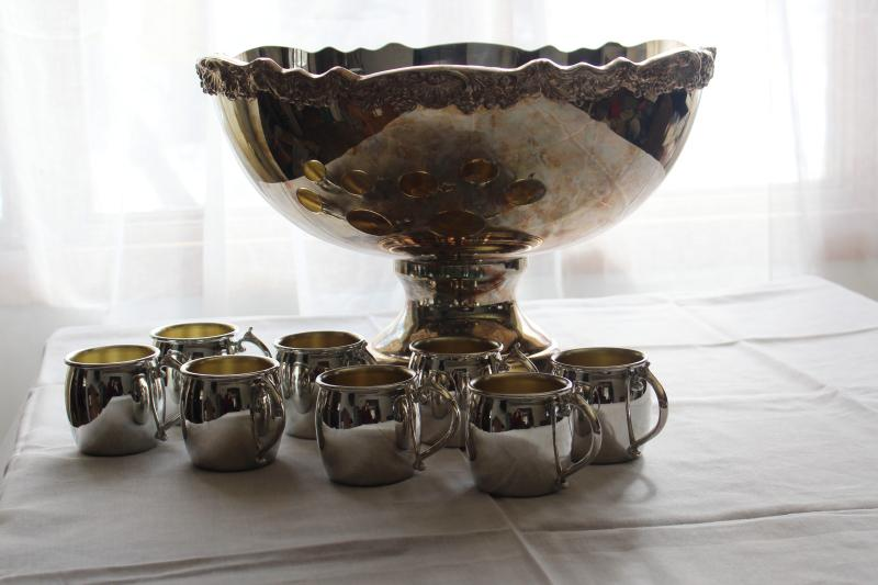 vintage Towle silver plate punch bowl & cups set, huge bowl & tiny mugs