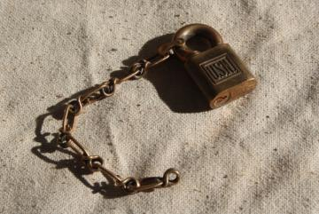 vintage US Navy padlock with chain / no key, USN Yale lock bronze red brass