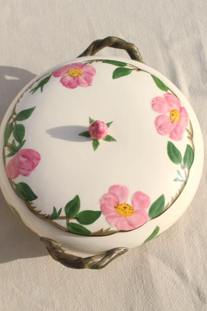 vintage USA Franciscan pottery Desert Rose covered dish round casserole