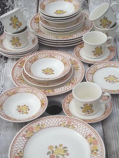 & vintage USA Royal China Americana Tiffany pottery dinnerware set for 6
