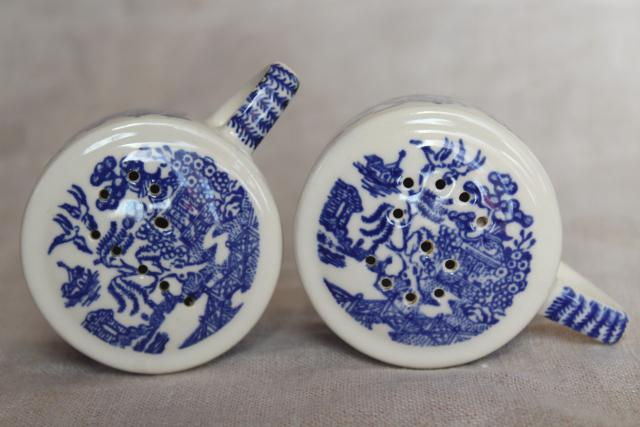 vintage USA Royal china blue willow salt and pepper shakers, S&P set