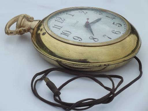 vintage United electric pocket watch wall clock metal w convex glass