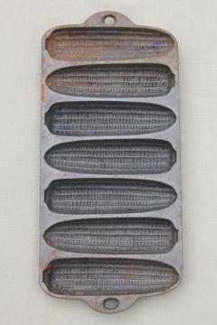 vintage Wagner Ware cast iron corn cake pan for corn ear shape corn sticks cornbread