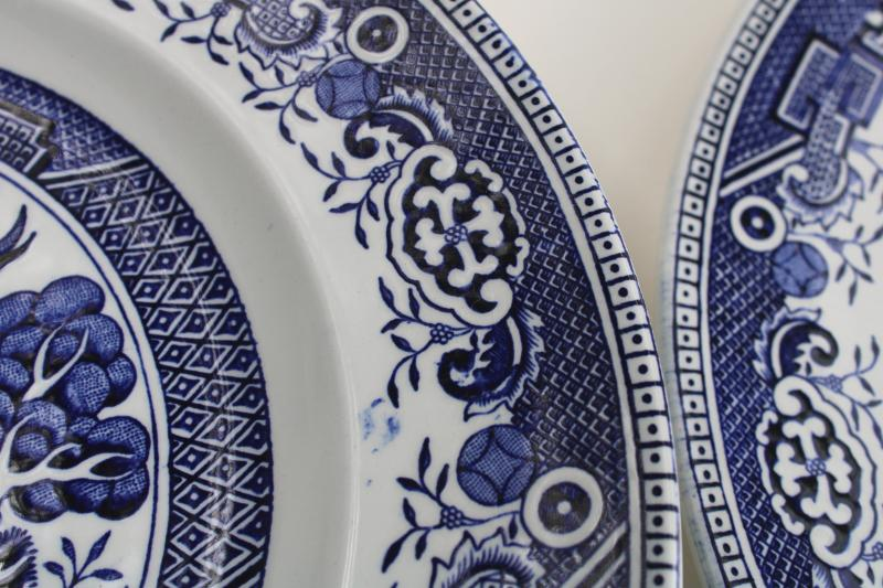 vintage Washington Staffordshire china blue willow pattern dinner plates