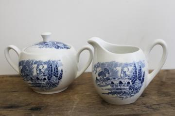 vintage Wedgwood Countryside cream pitcher & sugar bowl set, blue & white china
