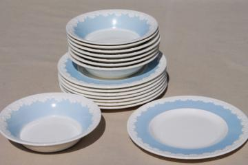 vintage Wedgwood china bowls & plates, Albion blue & white Corinthian embossed border