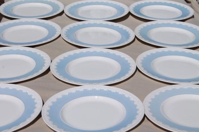 vintage Wedgwood china dinner plates Albion blue u0026 white Corinthian embossed border & vintage Wedgwood china dinner plates Albion blue u0026 white Corinthian ...