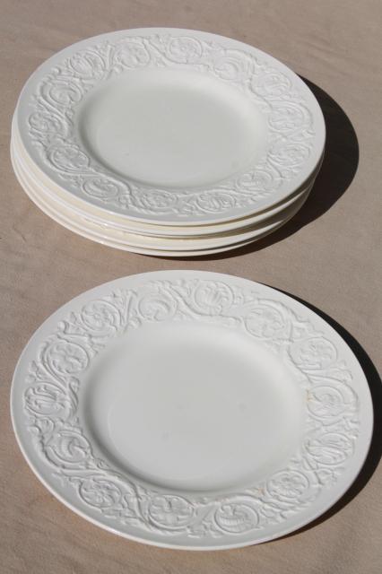 vintage Wedgwood creamware ivory china dinner plates Patrician embossed border & vintage Wedgwood creamware ivory china dinner plates Patrician ...
