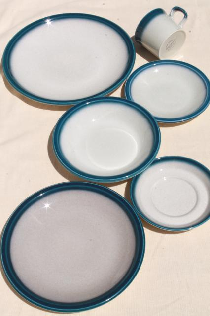 vintage wedgwood dinnerware set for 4 blue pacific oven to table casual china