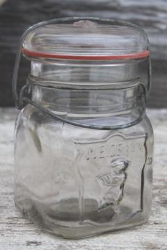 vintage Weideman boy brand embossed canning jar, bail lid fruit jar pint size