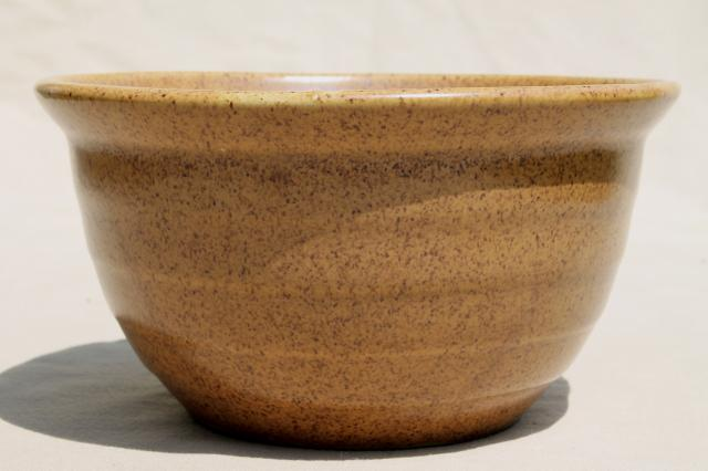 vintage Western / Monmouth pottery stoneware mixing bowl, Mojave tan brown color