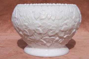 vintage Westmoreland milk glass maple leaf / bramble cookie jar or cupped bowl
