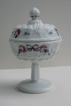 vintage Westmoreland paneled grape hand painted milk glass candy dish w/ lid