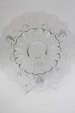 vintage Westmoreland paneled grape pattern torte plate, crystal clear pressed glass