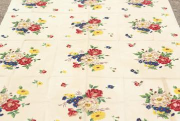 vintage Wilendur Wilendure label printed cotton kitchen tablecloth, French flowers print