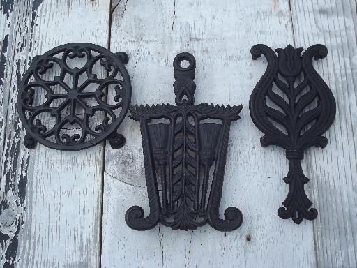 Vintage Wilton Cast Iron Kitchen Trivets, Round And Iron Shape Trivet Lot