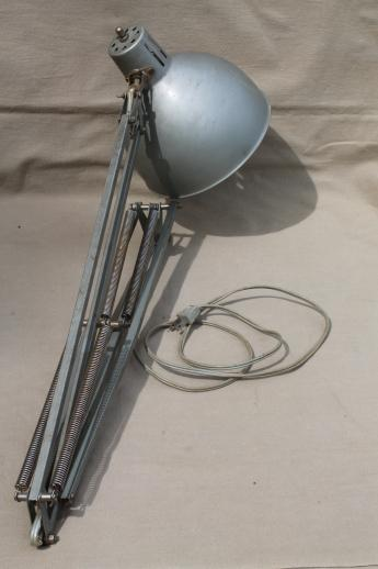 Attirant Vintage Adjustable Work Light Or Drafting Table Light Industrial Lighting