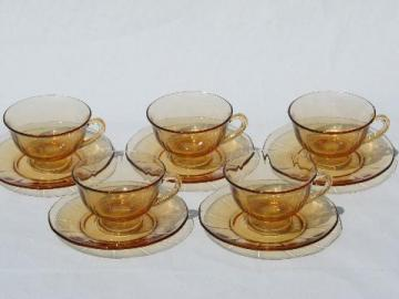 vintage amber Fostoria Fairfax depression glass cups and saucers