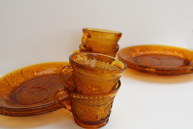 vintage amber glass snack sets, Tiara sandwich daisy pattern oval plates & cups