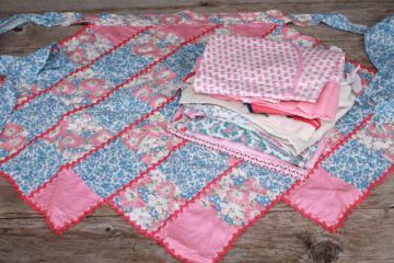 vintage apron lot, pretty pink, blue prints, red hearts kitchen aprons