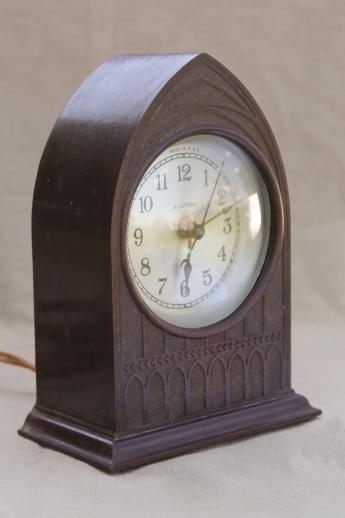 Vintage Bakelite Cathedral Mantel Clock 30s Clock W