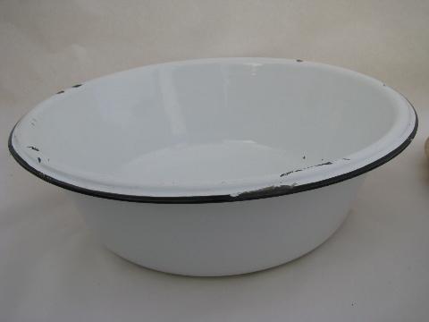 Vintage Banded Enamelware Laundry Kitchen Dish Pan Lot