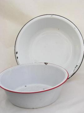 vintage banded enamelware laundry / kitchen dish pan lot, big primitive bowls
